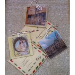 Segnaposto-bomboniera Cartolina postale profumata